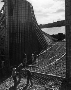 Construction methods and Long Lake dam--Dry Coulee Siphon